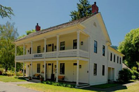 Wolf Creek Inn.jpg