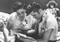 Elvis nd Gladys.jpg
