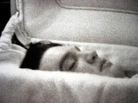 Elvis in coffin.jpg