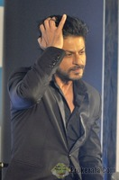actor-shahrukh-khan-during-a-promotional-37....jpg