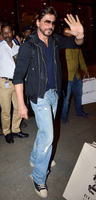 srk-spotted-airport-2.jpg