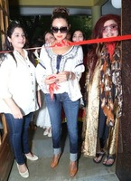 Gauri-Khan-at-Bakery-Launch-in-Delhi-5.jpg