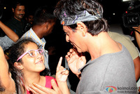 shahrukh-khan-spotted-at-olive-bar-5.jpg