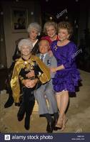 estelle-getty-with-bob-hope-bea-arthur-bett....jpg
