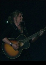 Crystal Bowersox 72810 Knoxville5.jpg