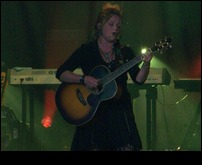 Crystal Bowersox 72810 Knoxville8.jpg