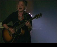 Crystal Bowersox 72810 Knoxville9.jpg