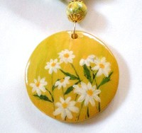 daisy_hand_painted_necklace_and_bracelet_se....jpg