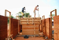 MAMOTHworkshop Rammed earth construction.jpg