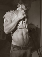 Chris Evans Flaunt 004.jpg